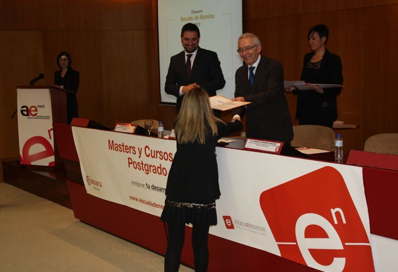 Entrega de diplomas Escuela de Mandos 2012